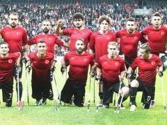 Ampute Futbol Milli Takımı'na ödül yolu açıldı