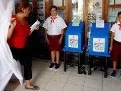 Küba'daki seçimlerde çocuklar gözlemci oldu